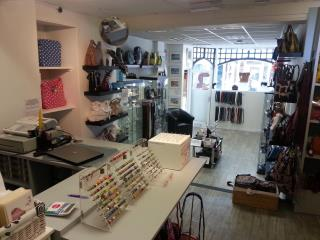 PRIME RETAIL PREMISES TO LET - 30 FORE STREET
