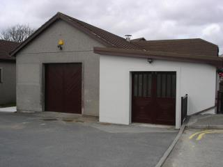 INDUSTRIAL UNIT & OFFICES TO LET - UNIT 12 THREEMILESTONE INDUSTRIAL ESTATE