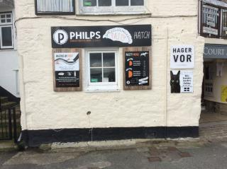 RETAIL LOCK UP KIOSK TO LET - COURT ARCADE, WHARF ROAD, ST IVES