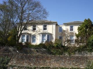 SERVICED OFFICE SPACE TO LET - GRADE II LISTED, RICHMOND HOUSE, 37 EDWARD STREET, TRURO TR1 3AJ