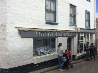 GRADE II LISTED PRIME RETAIL PREMISES - 54 FORE STREET, ST IVES TR26 1HE