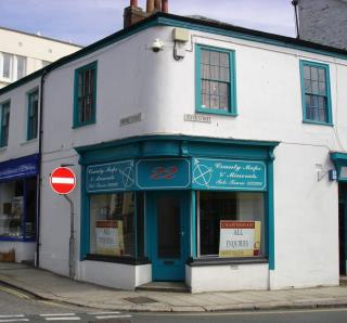 RETAIL PREMISES FOR SALE - NUMBER 22 RIVER STREET