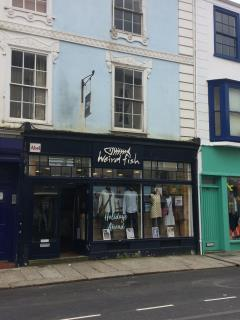 GROUND FLOOR RETAIL PREMISES TO LET - 5 RIVER STREET, TRURO TR1 2SQ
