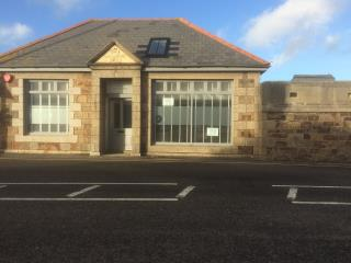 RETAIL/OFFICE ACCOMMODATION TO LET - 4 EAST QUAY, HAYLE TR27 4BJ