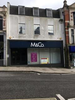 PRIME RETAIL UNIT FOR SALE/TO LET - 70 FORE STREET, REDRUTH TR15 2AF