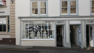SHOP TO LET - 31 CHURCH STREET