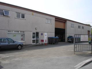 INDUSTRIAL / WAREHOUSE PREMISES TO LET - 1 LYTTON PLACE