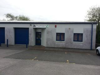 OFFICE / BUSINESS PREMISES TO LET - UNIT 2B WHITEGATES INDUSTRIAL ESTATE, ST DENNIS